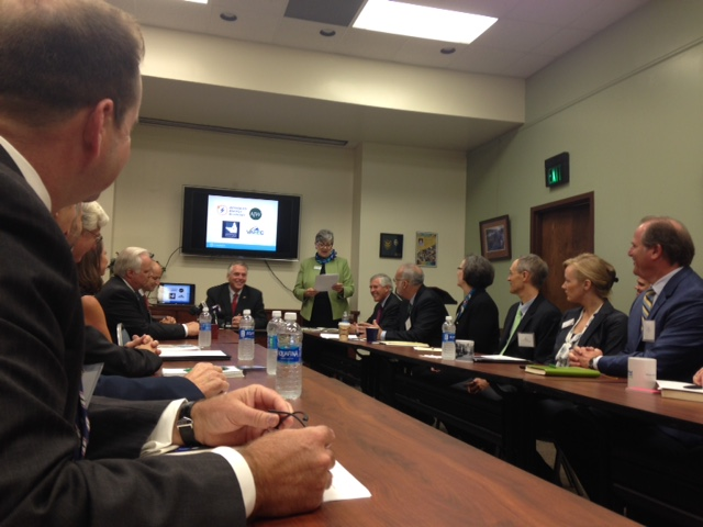 Virginia Governor Clean Energy Business Roundtable